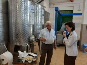 Ambassador Kim visits the olive oil factory in Qeparo / Opened the export route, created 4 jobs